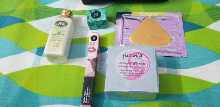 August Fab Bag Review, August Fab Bag content, Sugar Matte Lipstick Review